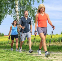 WALKING csm Nordic Walking Fotolia 107218255 c810076f95